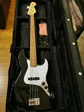 Fender player jazz bass immaculate condition. Black with pearlescent white guard