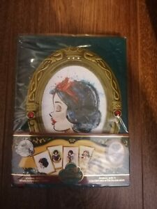 THE ART OF SNOW WHITE JOURNAL WITH 5 INTERCHANGEABLE CARDS BRANDNEW NOT FIGURINE