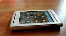 Sony Ericsson X8 Xperia E15i in White (Requires code input)