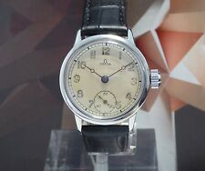 Vintage 1942 Men's Omega Manual Wind Officers Wristwatch, Boys Size, 15 Jewels