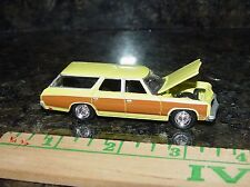JL '73 CHEVY CAPRICE ESTATE WAGON OPENING HOOD AND RUBBER TIRES LTD