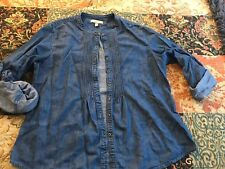 Preowned Banana Republic Denim Pintuck Button Down Top Size L