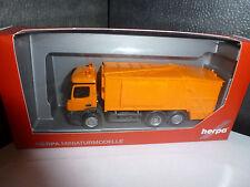 Herpa,307048  Mercedes-Benz Antos Pressmüllwagen, orange,unbedruckt