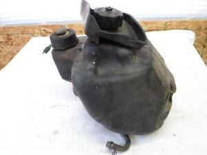 1996 YAMAHA RAZZ SH50 GAS FUEL TANK ASSY 1YU-24110-00-00 1YU-85752 MOPED SCOOTER