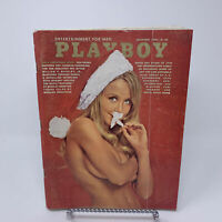 Playboy Magazine December 1970 Gala Christmas, Robert Graves