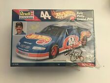 Autographed Kyle Petty Hot Wheels 1/24 Model Car Kit NASCAR Racing