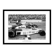 James Hunt & Niki Lauda 1976 Formula One Photo Memorabilia (RE934)