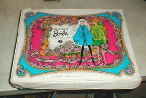 Vintage 1968 Mattel BARBIE Double Doll Case Storage for Clothing & Accessories