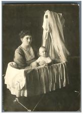 La reine Sophie de Grèce et sa fille Hélène Vintage silver print Tirage argent