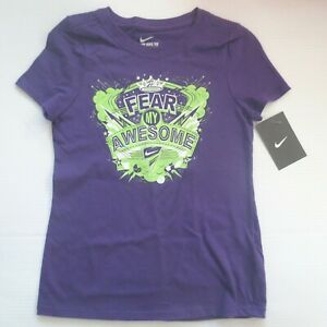 Nike Girls FEAR MY AWESOME Short Sleeve Shirt 885091 - Purple 520 - Size L - NWT