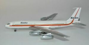 1:200 INF200 Alaska Airlines Boeing 720-062 N720V with stand