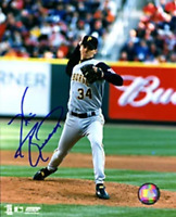 Kris Benson Autographed / Signed 8x10 Photo