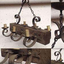 lustre rustique bois plus fonte de fer model six bras de lumière . XX siècle .