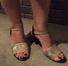 Banana Republic Women's Leather Ankle Strap Shoe US9