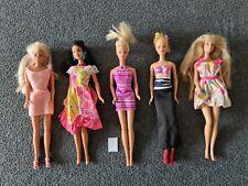 Barbie & Friends 5 originale Puppen von Mattel + Kleidung - Ältere Puppen Set 9