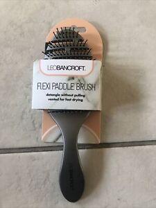 LeoBancroft Flexi Paddle Brush Oval Detangle Without Pulling. Vented Fast Drying