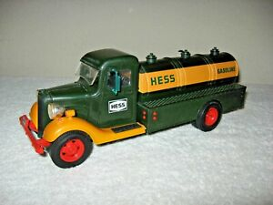 CLASSIC VINTAGE HESS GASOLINE TANKER FORD APPROX 1:18 ? SCALE  FROM EARLY 80'S