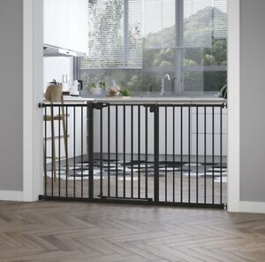 PetSafe Animal Safety Gate Toddler Stair Gate Auto Close With Adjustable Width