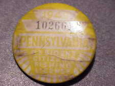 Vintage 1949 Pennsylvania Resident Citizens Fishing License Pin Pinback 102661