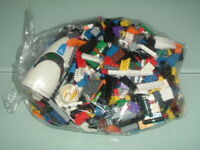 1 x 1kg Lego & 5 Minifigs Bricks parts plates Joblot Great condition Starter Kit
