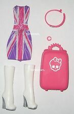 Monster High Londoom Ghoulebrities Catty Noir Doll Outfit Dress Shoe Luggage NEW