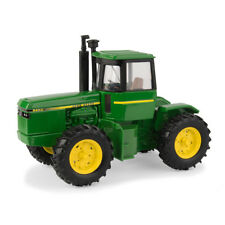 John Deere 8450 Tractor 1/32 scale Die-cast metal replica-LP67311