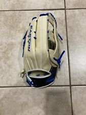 easton professional collection Outfield glove