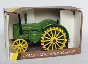 Ertl John Deere 1953 Collector's Edition Model 'D' #5596 1/16
