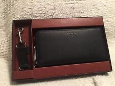 COACH - MENS ACCORDION STYLE WALLET SRC IN BLACK W/KEY CHAIN GIFT SET  NWT
