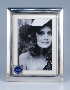"""Fine Vintage Carr's English Sterling Silver Picture Frame for 5 x 7"""" Photo"""