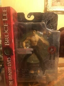 Bruce Lee The Dragon Lives BRAVE LITTLE DRAGON Closed Mouth Variant NIB