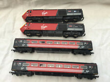 HORNBY HST CLASS 43 MAIDEN VOYAGER & LADY IN RED WITH 2x COACHES SET ( UNBOXED )