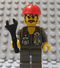 LEGO Town City Construction Worker w/ Tool Oil Field...