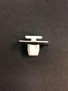 Set of 30 White Nylon Molding Clips For Hyundai Kia 87756-2E000 Free Shipping