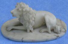 sculpture animalière, chien marbre blanc