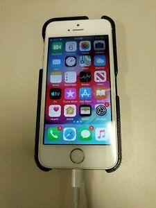 Apple iPhone 5s - 16GB - Silver (Unlocked) A1533 (CDMA + GSM)