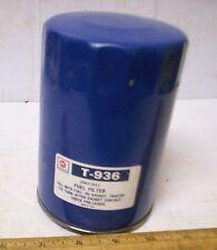 Vintage AC Spark Plug - Fluid / Fuel Filter Element - P/N: T-936 (NOS)