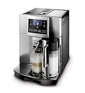 DeLonghi Perfecta ESAM 5600 SL Silber 7 Tassen Kaffeevollautomat