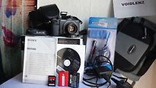 Sony ALPHA NEX-6 E-Mount 1080p Digital Camera & 35mm F1.7 Lens + treppiede + extra