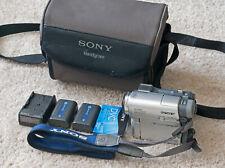 Sony DCR-TRV33 MiniDv Camcorder w/2 Batteries, Charger, MiniDV Tape, Sony Bag