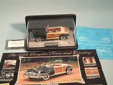 1948 CHRYSLER TOWN AND COUNTRY GREEN CONVERTIBLE FRANKLIN MINT 1:24 DIECAST