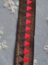 galon vintage  rouge noir  et or/N°17 Bis