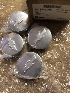 OEM GM 84339342 Chevrolet Traverse Camaro Brushed Silver Center Caps w/ Logo New