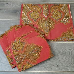 Williams Sonoma Engineered Paisley Medallion Rust Red Table Runner 8 Napkins Set