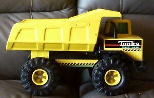 "10.25"" Vintage 1995-96 Yellow Tonka Mighty Diesel Dump Truck #93901"