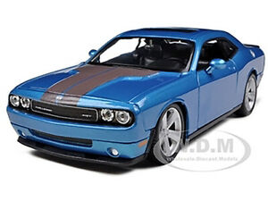 2008 DODGE CHALLENGER SRT8 BLUE MET. 1/24 DIECAST MODEL CAR BY MAISTO 31280
