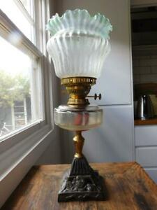 AUC4 Fine Table Oil Lamp Art Nouveau Green Shade 1900s Cast Iron Stand