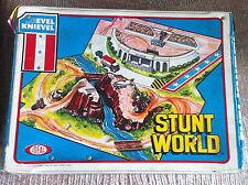 VINTAGE EVEL KNIEVEL STUNT WORLD PLAYSET IDEAL TOYS 1975