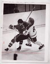 1973-74 CINCINNATI SWORDS & BOSTON BRAVES AHL ORIGINAL 8x10 PRESS PHOTOGRAPH