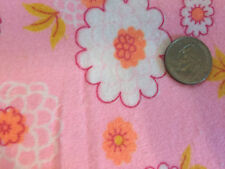 """Vintage 1960s Pink White Daisy Floral Yummy Soft Flannel Fabric SBTP 17""""L x 36""""W"""
